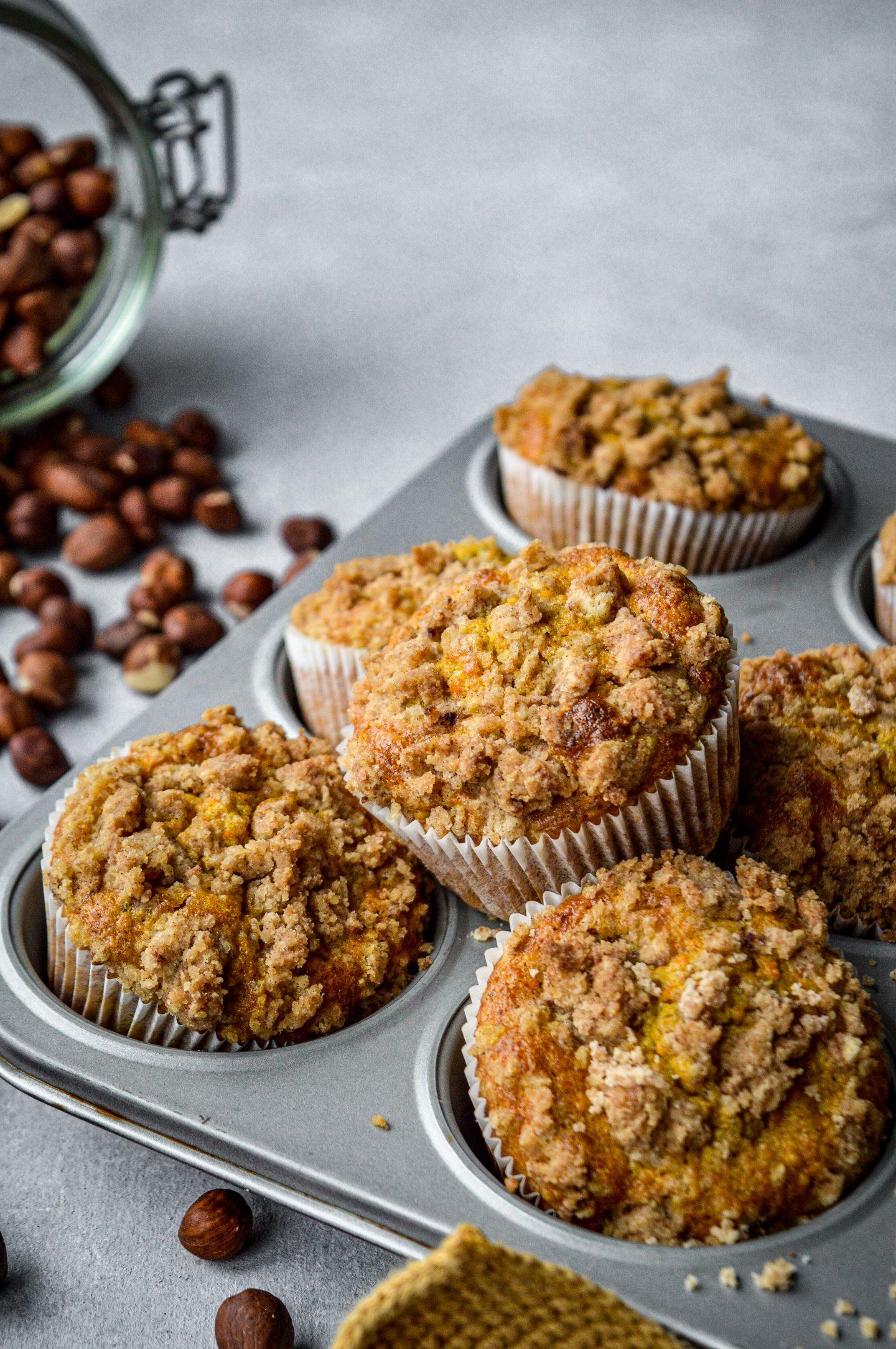 Carrot Cake Streusel Muffins