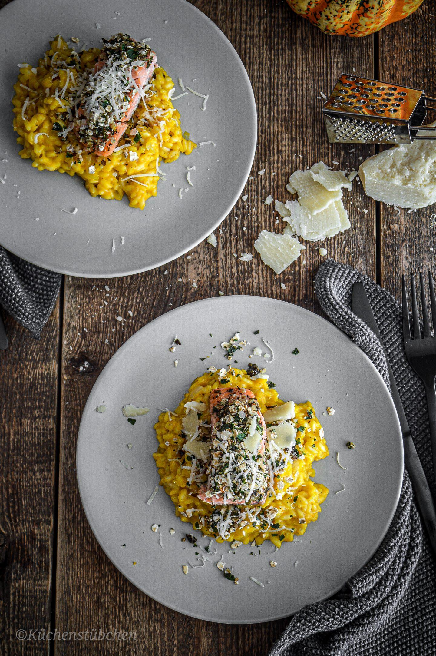 Kürbisrisotto mit Knusperlachs aus dem Ofen